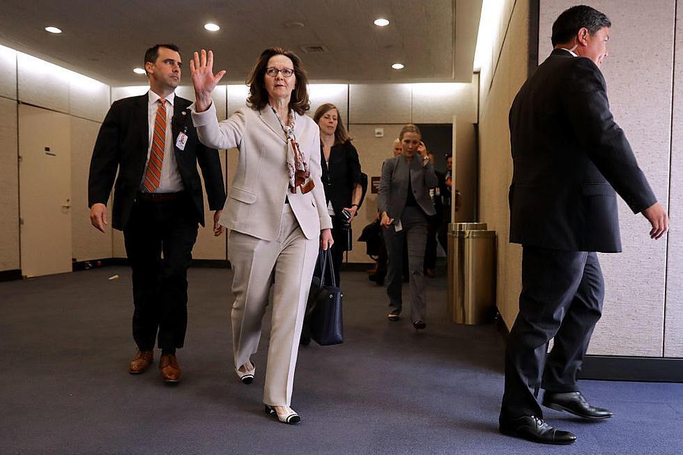 خبرنگاران خروج معنا دار رییس سیا از کاخ سفید