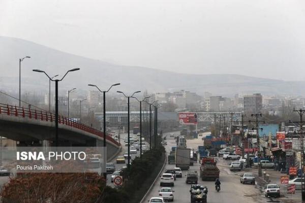 تداوم آلودگی هوا در مراکز شهری و صنعتی همدان